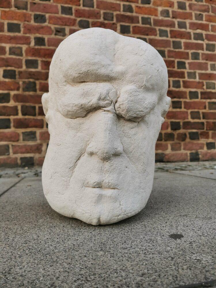 Głowa I z cyklu Mędrcy
